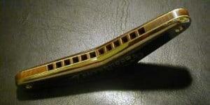 boomerang harmonica